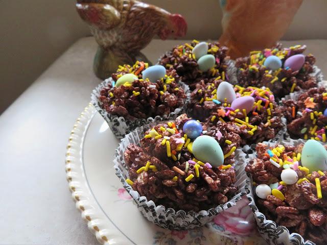 Easter Chocolate Krispie Cakes