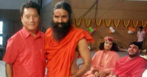 Bimal Gurung meets baba Ramdev as he supports Gorkhaland