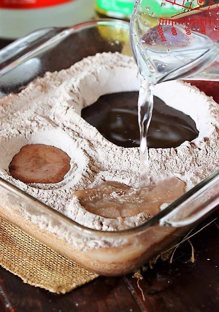 How to Make Wacky Cake Image
