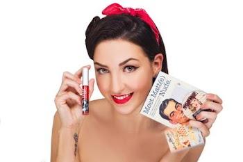 Estratégia de distribuição no varejo garante sucesso de marca de maquiagem em meio à crise