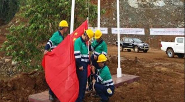 Di Malut perusahaan Smelter , bendera Tiongkok diturunkan TNI