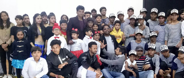 Dancers-have-done-dancers-in-dance-competition-Faridabad