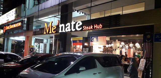 Pintu Hadapan Me'nate Steak Hub @ Setapak