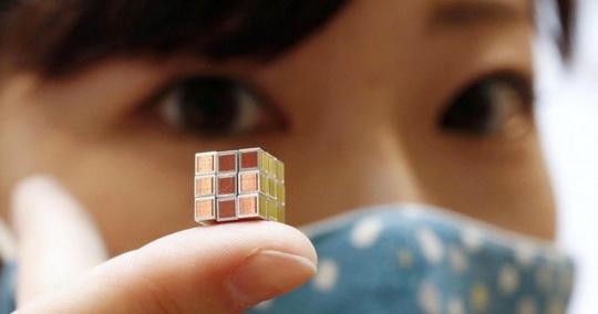 Самый маленький в мире «Кубик Рубика»
