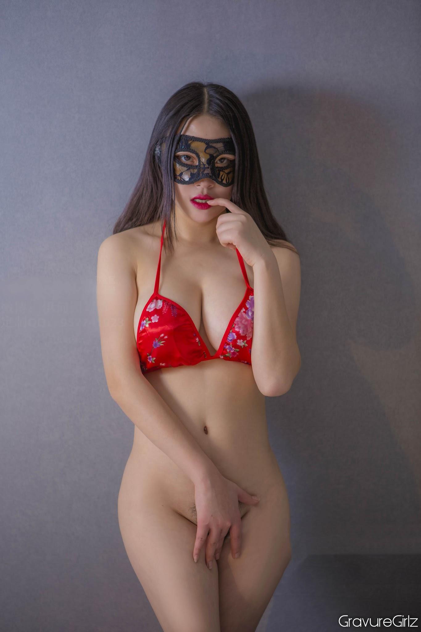 Extreme female naked body bending-7169