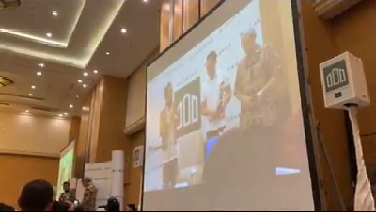 Merinding, Kakak Kandung Ustadz Felix Siauw Masuk Islam