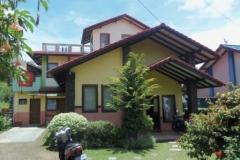 Villa Istana Bunga 3 Kamar BLOK B2 NO 4