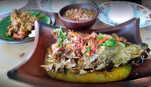 Kuliner Makanan Khas Magelang - Mangut Iwak / Ikan Beong