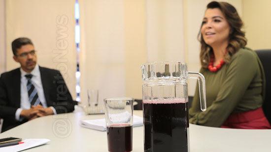 juiza premio suco uva conciliacao direito