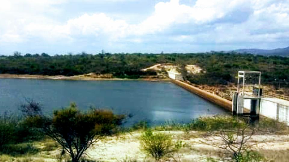 Barragem que abastece os municípios de Brumado e Malhada de Pedras está 2,83 metros abaixo do nível normal