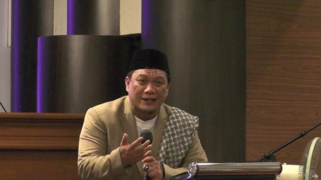 Ustaz Yahya Waloni Ancam Penggal Kepala Jemaah saat Ceramah