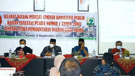 Balitbang Kota Solok Adakan Seminar Konsultasi Publik