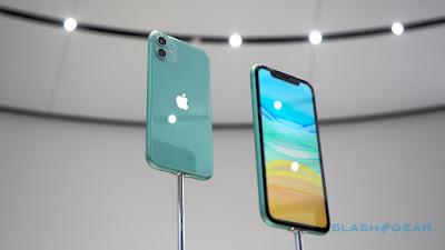 Apple e Samsung dominam vendas de smartphones em lojas de operadoras nos EUA
