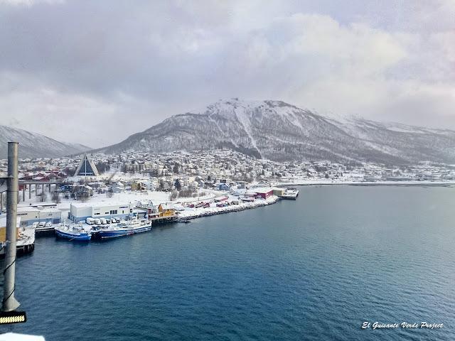Tromsdalen desde Tromsøbrua - Noruega, por El Guisante Verde Project