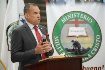 Presidente de la DNCD insta a colaboradores a no retroceder en la lucha contra el narcotráfico