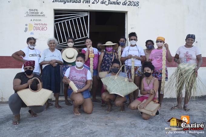 Associação de Muquém de São Pedro, em Cariré-Ce, está produzindo produtos da palha de carnaúba para a Sazon do Brasil