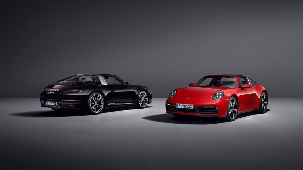Porsche 911 Targa 2021 được nâng cấp từ trong ra ngoài