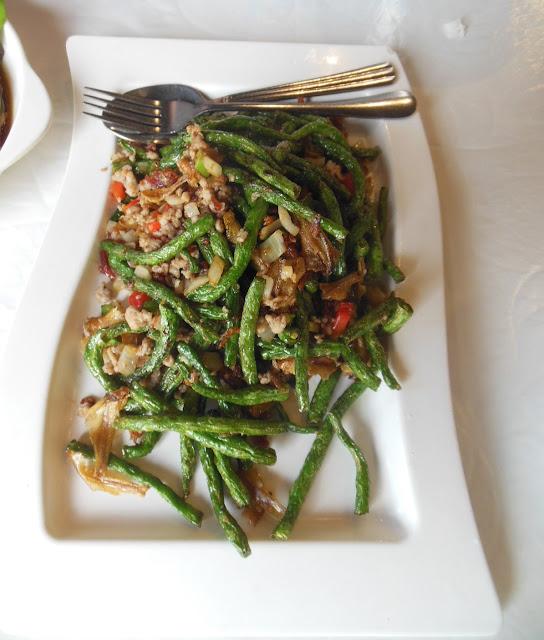 Parrot House Restaurant, Kensington, long beans