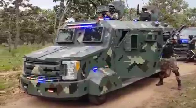 Video: Así muestra su poderío el CJNG de El Mencho con un increíble convoy de vehículos blindados, camuflajeados y tremendo arsenal