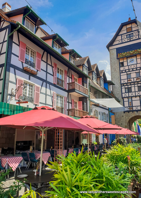 restaurant in Colmar Tropicale