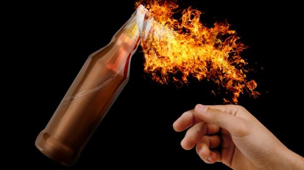 Pengacara Ungkap Kejanggalan Penangkapan Anggota FPI Atas Kasus Bom Molotov di Bogor