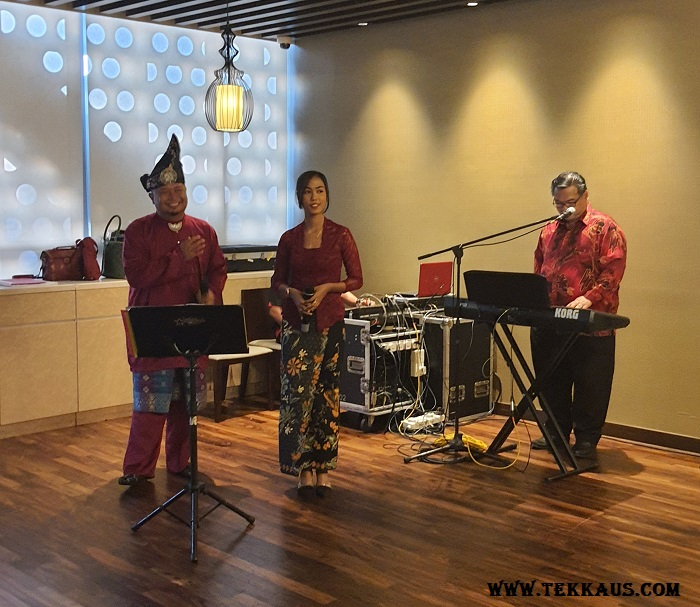 Enjoy your Buka Puasa with traditional live band