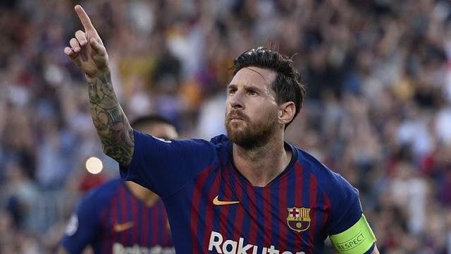 Lionel Messi Scores Hat trick against PSV Eindhoven