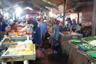Kepatuhan Masyarakat Terhadap Protokol Kesehatan di Pasar Masih Minim