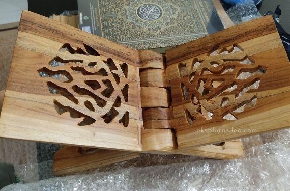 cadangan hadiah rehal kayu berukir