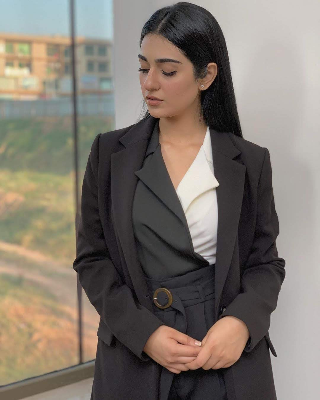 Gorgeous Sarah Khan Looking Awesome in New Pictures