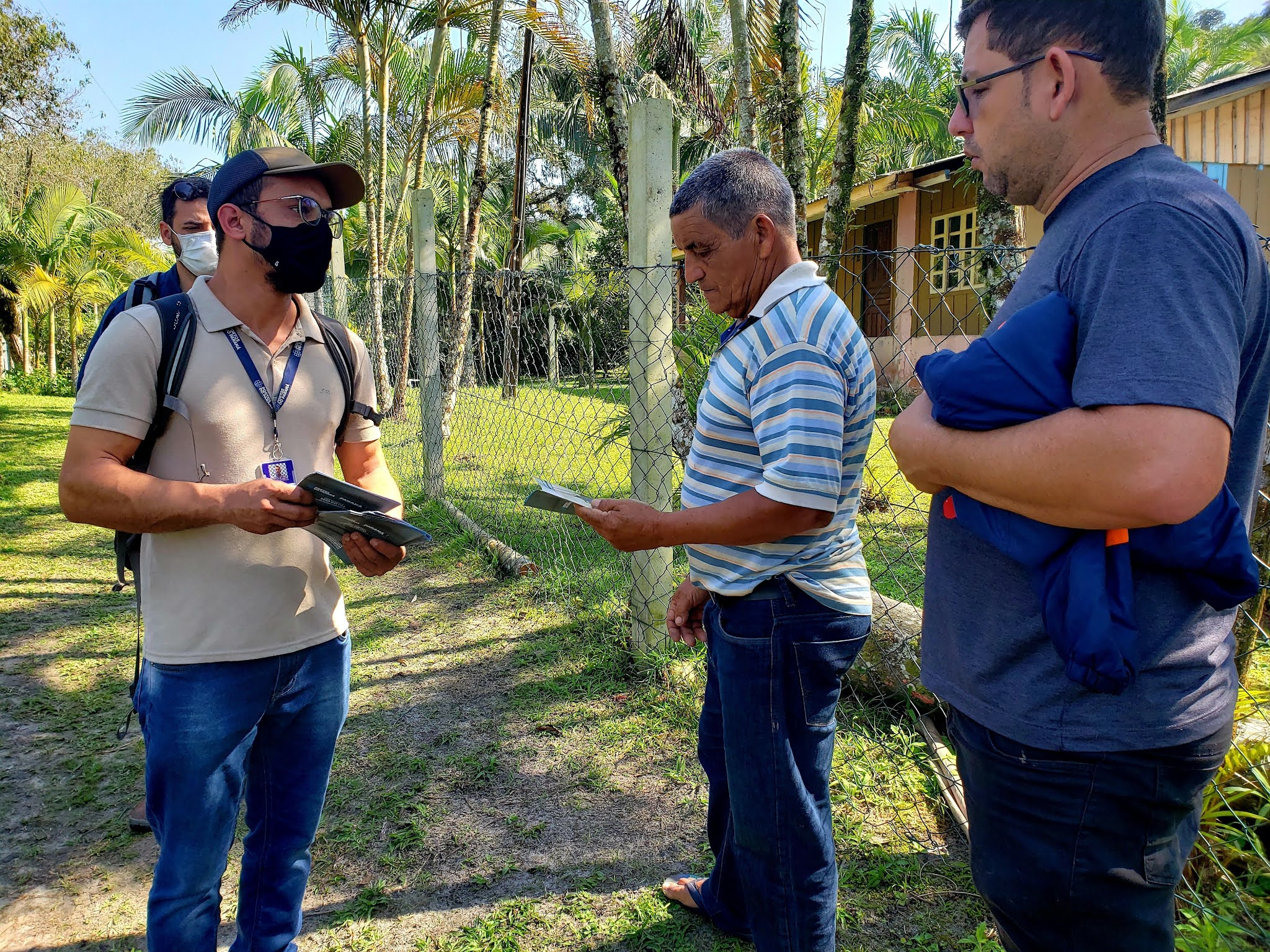 Profissionais foram às ilhas falar sobre obra de derrocamento no Porto de Paranaguá
