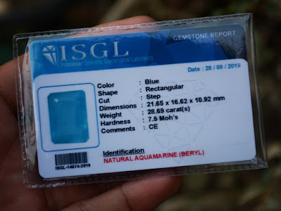 Gemology Card aquamarine