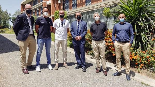 El Málaga visita la residencia de la Academia