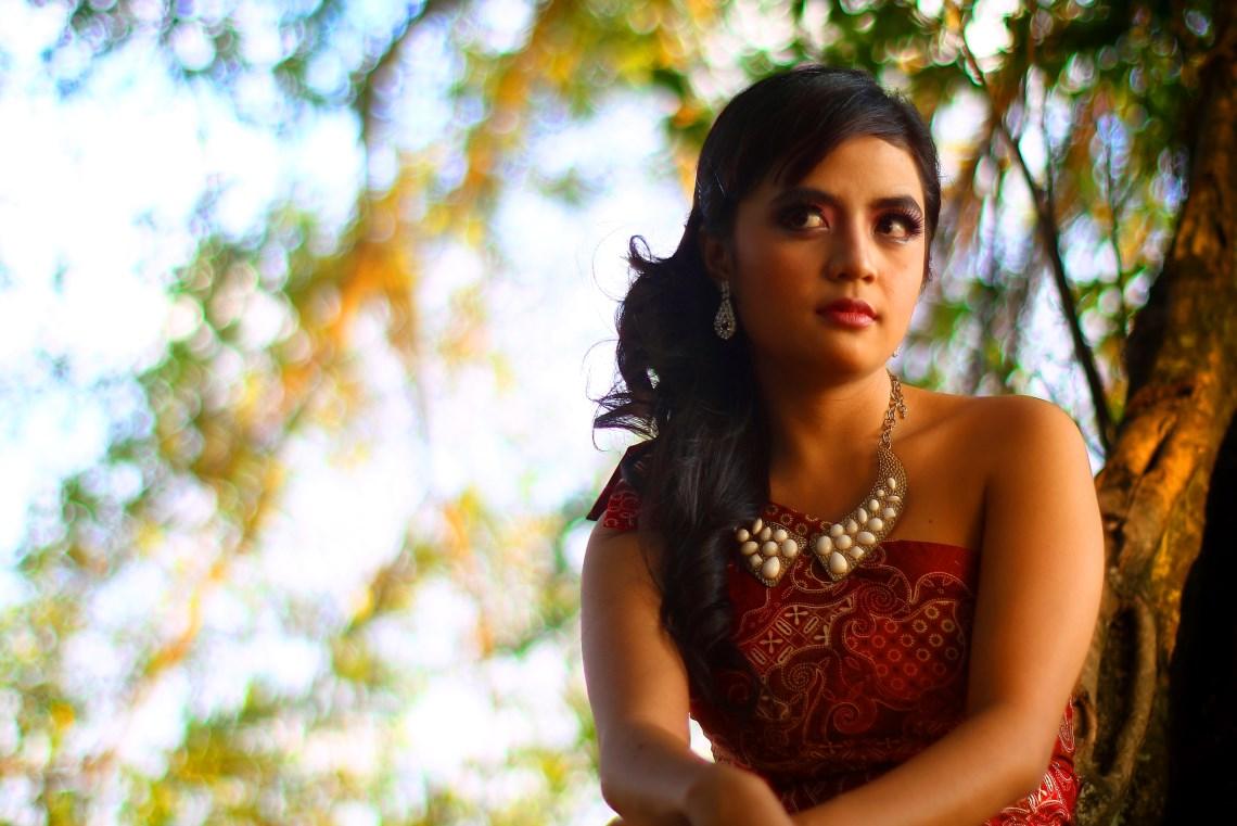 foto model di alam foto model di hotel foto model di majalah dewasa foto model di hutan makassar cantik di benteng somba opu