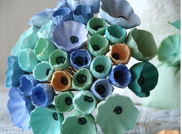Matrimonio a tema Van Gogh: bouquet da sposa di fiori di carta dipinti a mano