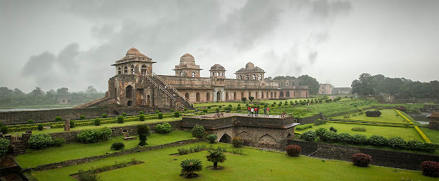 Mandu tourist places