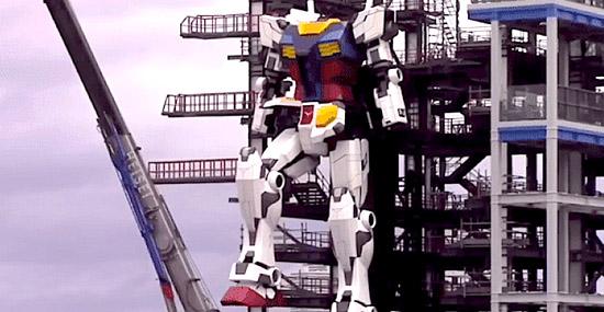 Ele é real! Robô Gigante de quase 20 metros deu seu primeiro passo no Japão - Capa