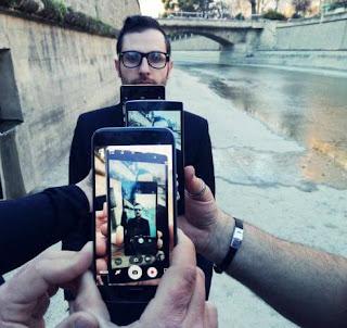 Bisnis Baru yang Muncul dan Berkembang Dikarenakan Selfie