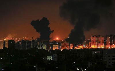 Israel ataca Faixa de Gaza em resposta ao lançamento de foguetes