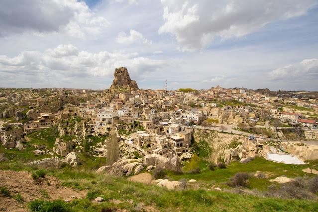 Panorama e castello di Ortahisar-Cappadocia