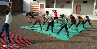 नेहरू युवा केंद्र बालाघाट के द्वारा जिले भर में मनाया गया योग दिवस