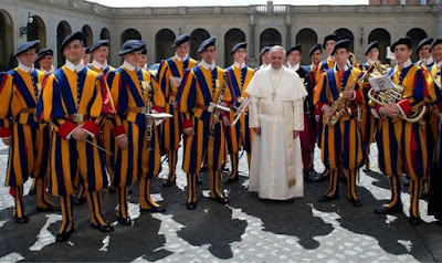 Pope F with Swiss Guard