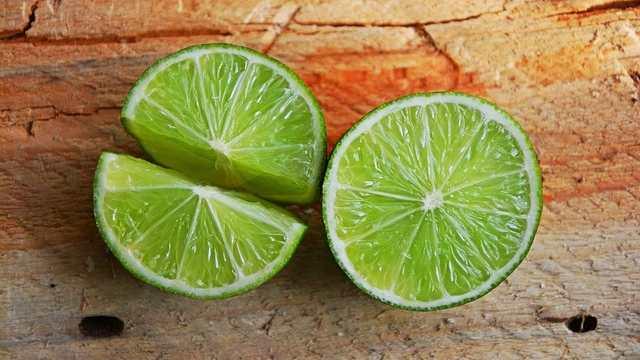 Obat batuk alami dengan jeruk nipis