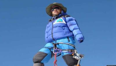 yaitu olahraga atau hobby atau profesi berjalan dan mendaki pegunungan 8 PARA PENDAKI INI SANGAT LUAR BIASA