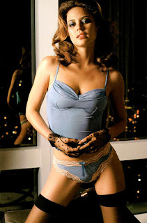 Josie Maran Super Hot Look