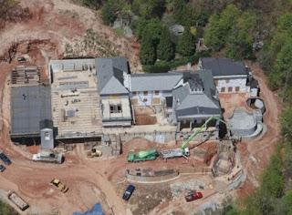 Το σπίτι των $14 εκατ. που αντέχει ακόμα και σε βαλλιστικές επιθέσεις [photos]