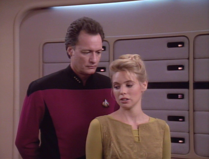Doux Reviews: Star Trek The Next Generation: True Q