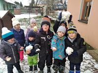 Školka na sněhu