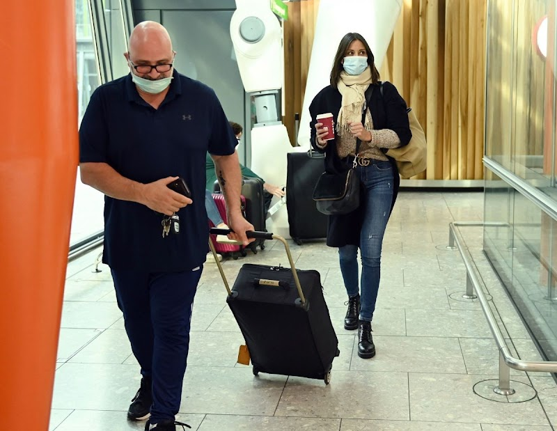 Melanie Sykes Clicks at Heathrow Airport in London 15 Oct -2020