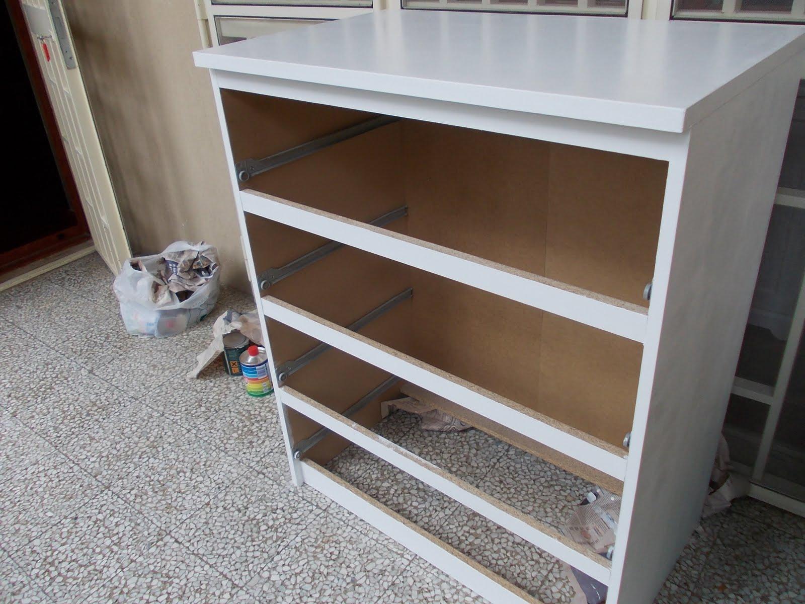 Cassettiera Ikea Malm Bianca.In Pigiama Rinnovare Un Cassettone Ikea Malm How To Renew Ikea